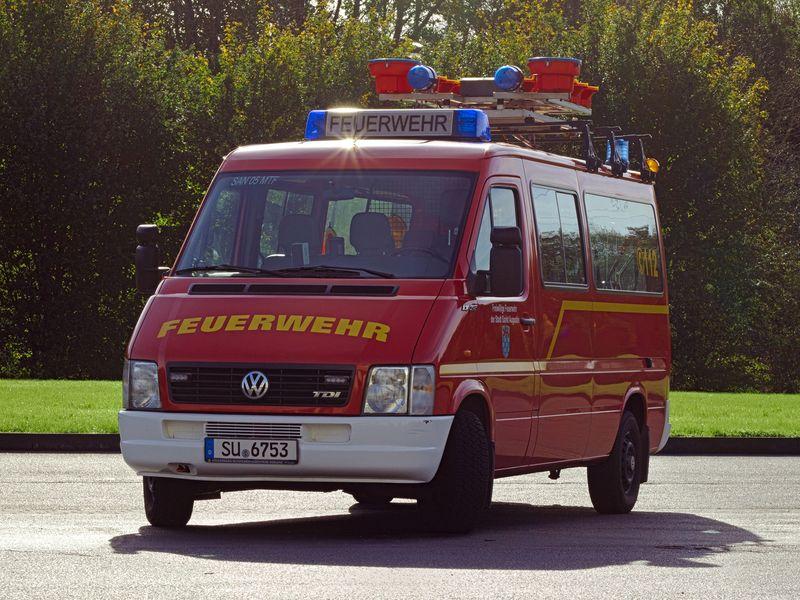 Mannschaftransportfahrzeug MTF mit Verkehrswarneinrichtung